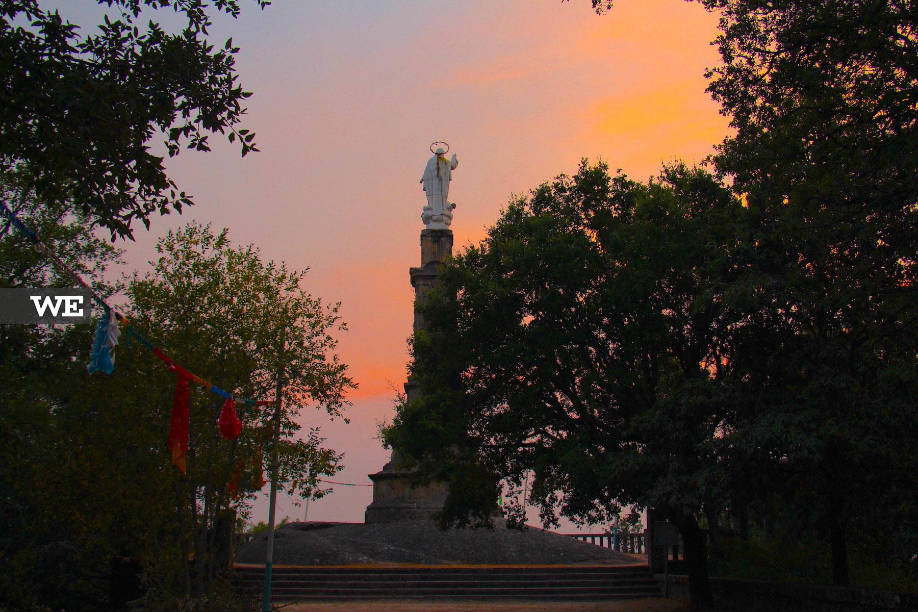 Miradouro de Santa Marta das Cortiças, ao final da tarde. Vale a pena ver as vistas!