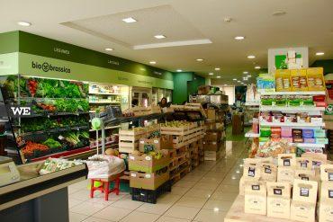 Interior da Bionbrassica, uma loja de produtos biológicos