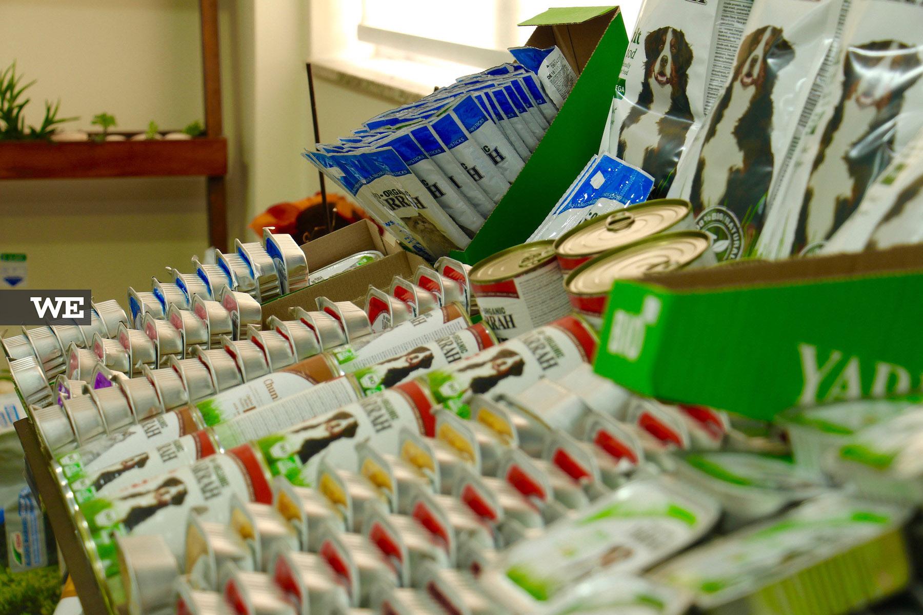 Comida BIO para animais na Biobrassica, uma loja de produtos biológicos.