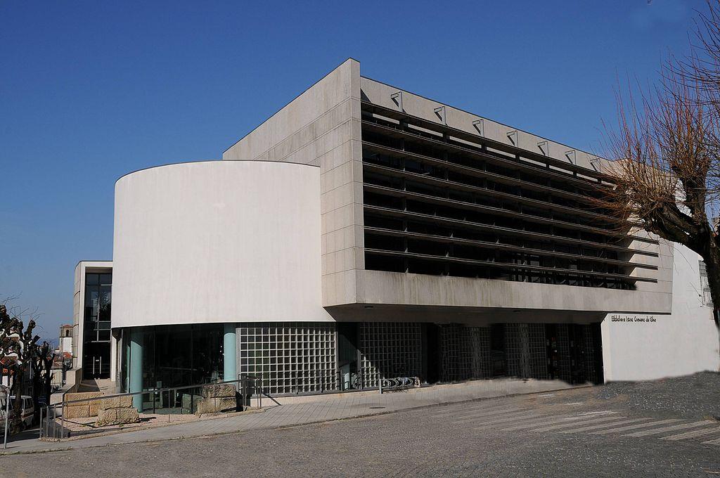 Biblioteca Lúcio Craveiro da Silva Noite Branca