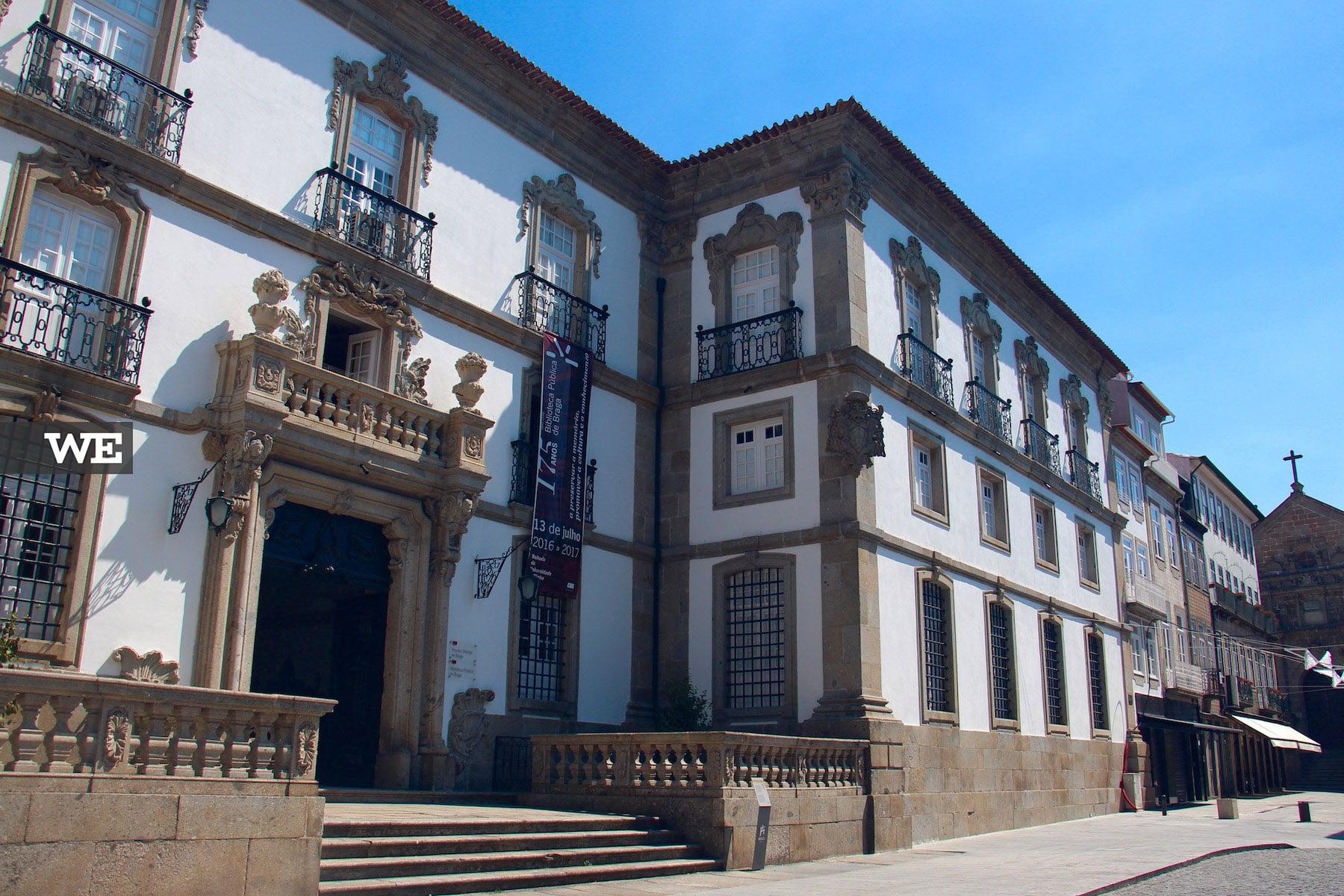 Biblioteca Municipal Praça do Município
