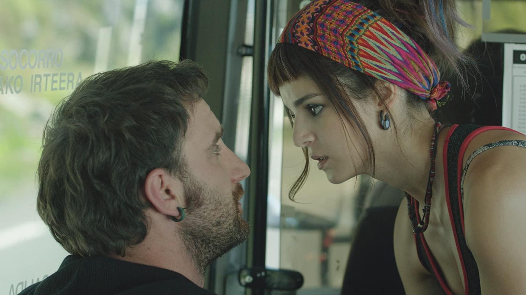 Namora à Espanhola Cinema em Casa