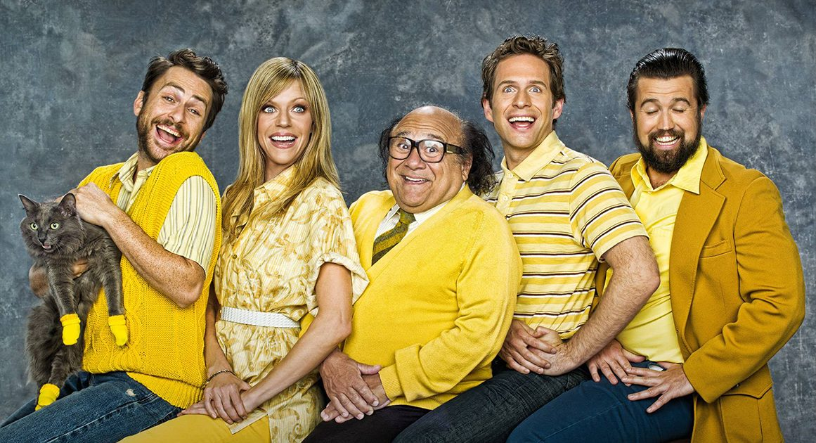 It's Always Sunny In Philadelphia 5 Sitcoms Netflix para rir e relaxar